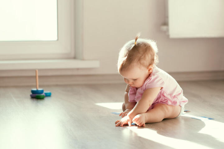 neonati seduti