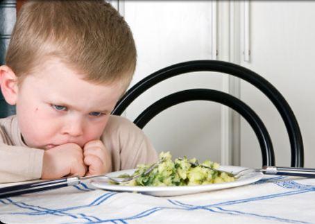 Pranzo Per Bambini 18 Mesi : Perché tra i 15 e i 18 mesi comincia a rifiutare tutto
