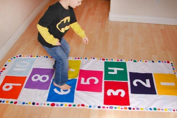 Tappeti fai da te per bambini tante originali idee per la - Decorazioni per camerette bambini fai da te ...