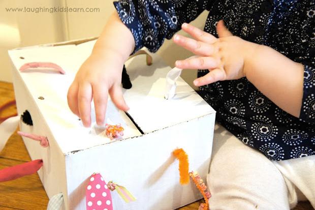 scatola-sensoriale-nastri