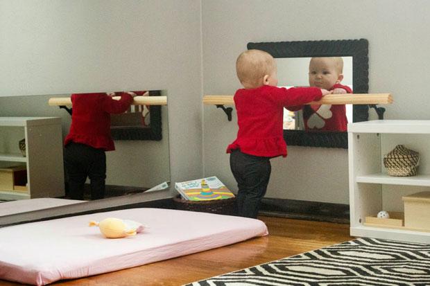 Metodo montessori giochi fai da te 6 12 mesi periodo fertile - Specchio che si rompe da solo ...