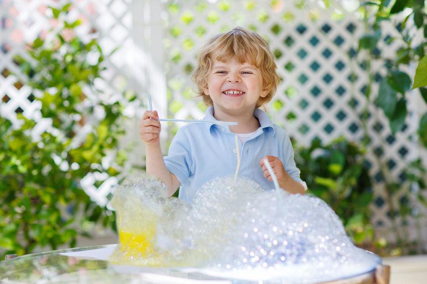 Super 7 divertenti esperimenti con l'acqua per bambini - PeriodoFertile.it PH03