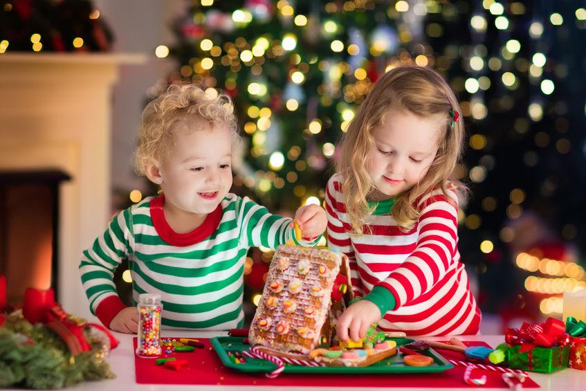 10 attività e giochi di Natale per bambini da fare a casa